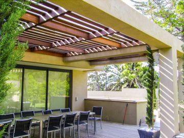 agencement extérieur toit en bois sur mesure